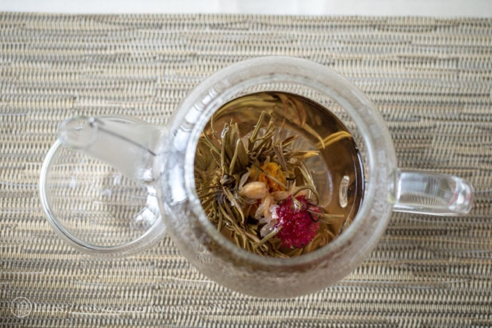工芸茶オーバー ザ レインボー(中国料理 礼華 四君子草のアフタヌーンティー)