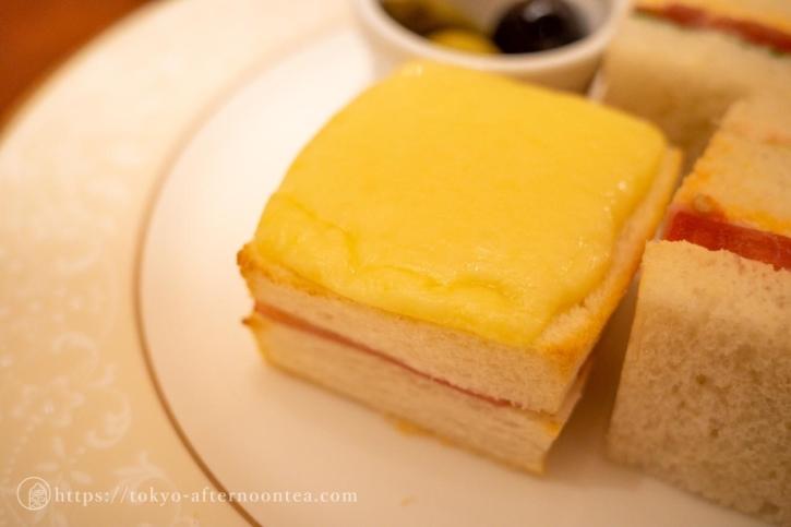 チーズトースト(ロイヤルクリスタルカフェのハイティーセット)