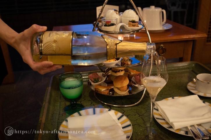 乾杯ノンアルコールシャンパン(椿山荘のプレミアムイブニングハイティー)