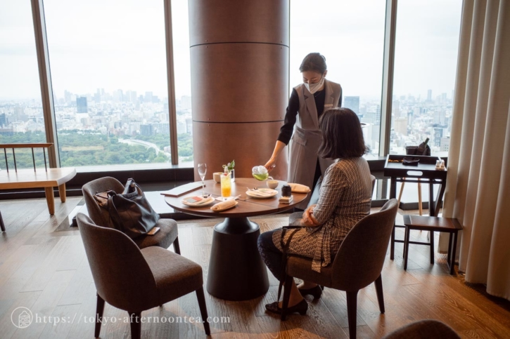 The Lounge(フォーシーズンズ東京大手町のアフタヌーンティーセット)