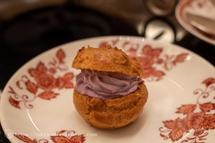 紫芋のシュークリーム(第一ホテル東京 秋のアフタヌーンティーセット)