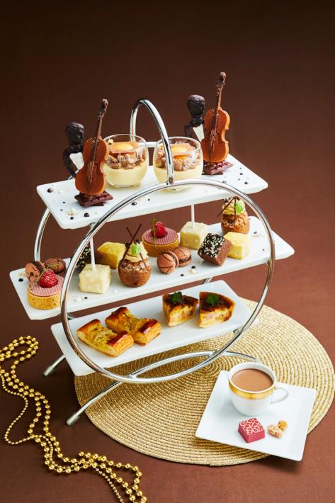 ロイヤルパークホテルのチョコレートづくしのアフタヌーンティー