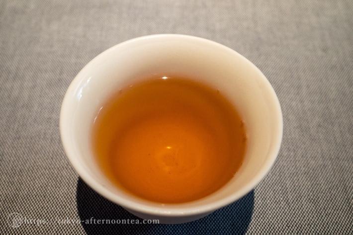 美濃白川茶 茶蔵園 上ほうじ茶(キンプトン新宿東京ホテルのアートエキシビジョンアフタヌーンティー)