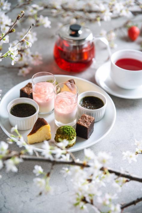 渋谷「Legato(レガート)」の苺と桜のアフタヌーンティーセット