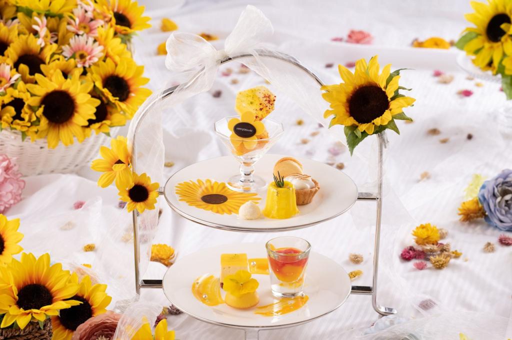 アニヴェルセルカフェ みなとみらい横浜のSunflower Afternoon Tea(8種)